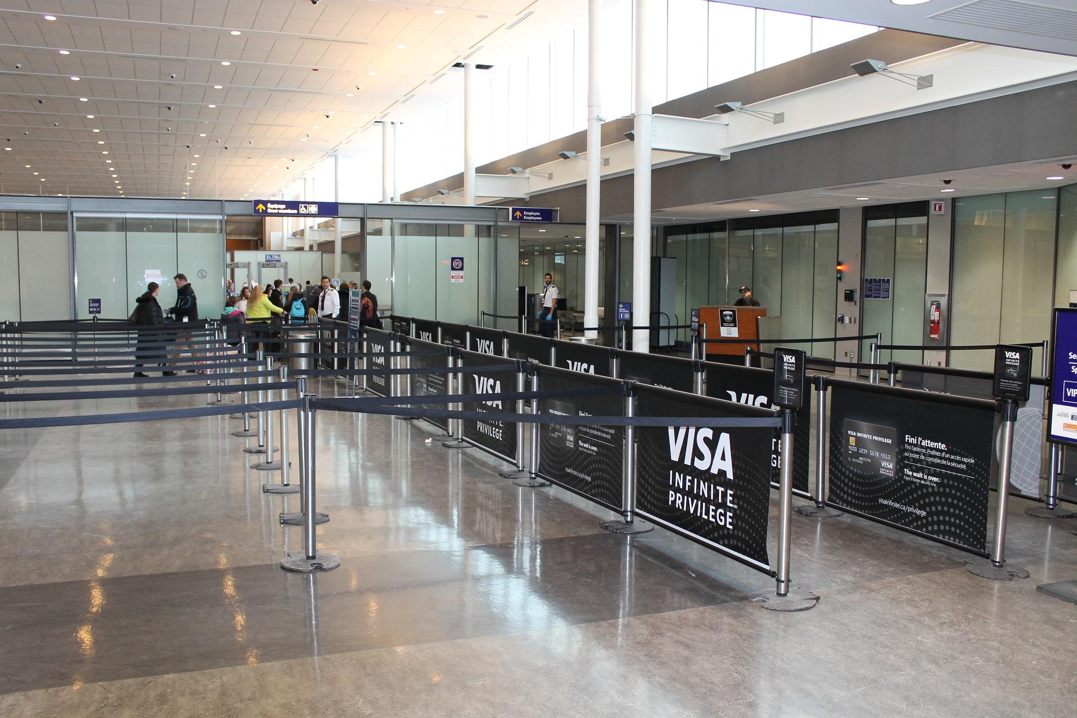 12 Montreal Airport - Visa
